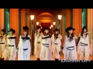 Morning_Musume_-_Kimagure_Princess_PV.mp4_000012078